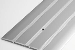 Выбор и установка алюминиевых порожков