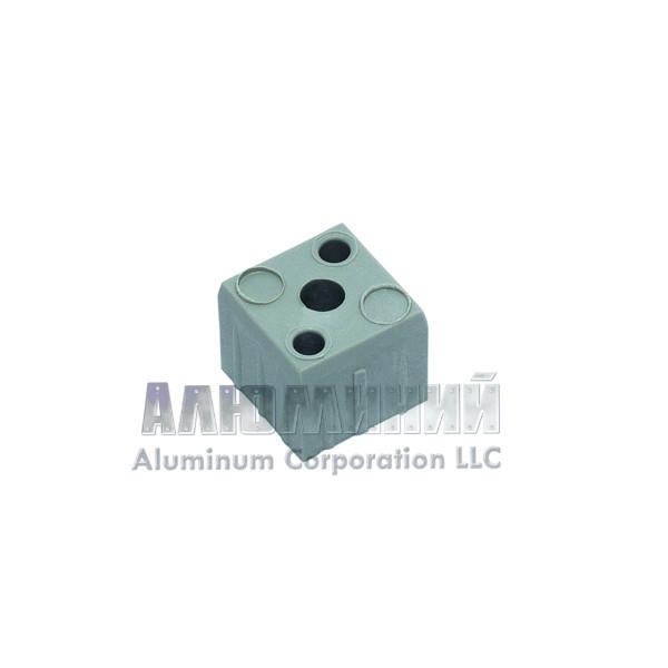 Пластиковый соединитель «кубик» для квадратной трубы 40 х 40 х 2мм 00001
